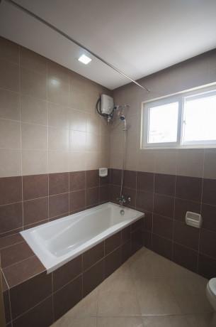 2-bdr-60sqm-with-free-wifiweekly-housekeepingparkingskycable-big-3