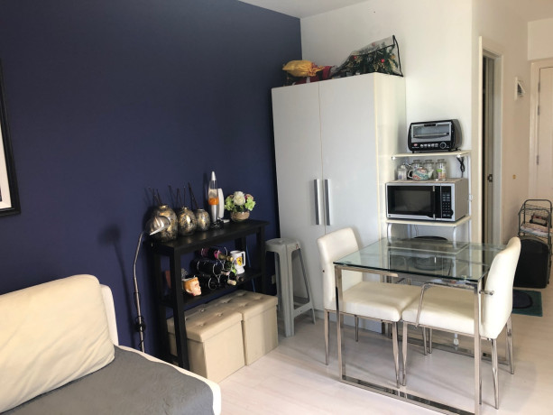 semi-furnished-studio-unit-for-sale-at-the-gramercy-residences-makati-big-3