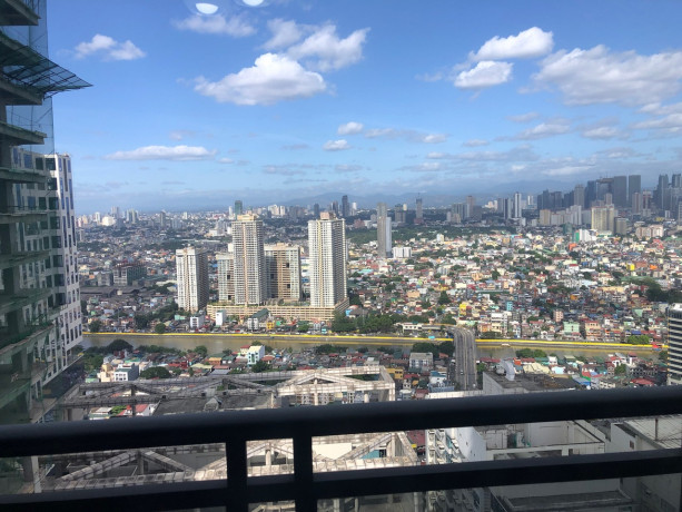 semi-furnished-studio-unit-for-sale-at-the-gramercy-residences-makati-big-7