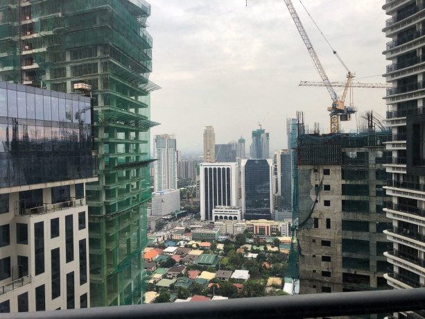 studio-unit-for-sale-at-knightsbridge-residences-makati-big-7