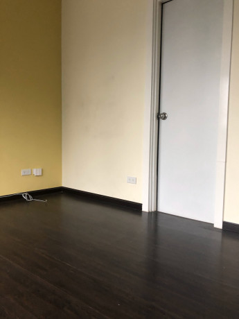 studio-unit-for-sale-at-knightsbridge-residences-makati-big-4