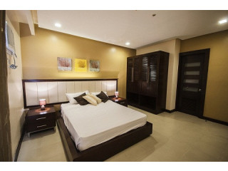 3 BR Deluxe Suites with Free SkyCable,Parkng,Wifi,weekly Housekeeping