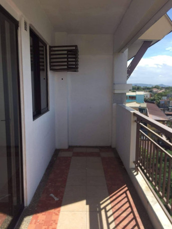 2-bedroom-unit-for-sale-near-sm-center-pasig-and-tiendesitas-big-6
