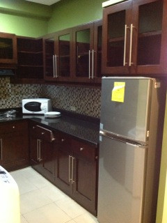 spacious-2-br-deluxe-70sqm-for-rent-with-parkinghousekeepingwifi-near-ayalait-park-big-2