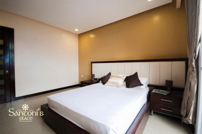 spacious-2-br-deluxe-70sqm-for-rent-with-parkinghousekeepingwifi-near-ayalait-park-big-0