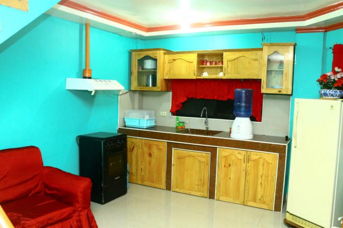 bare-unit-apartment-for-rent-big-0