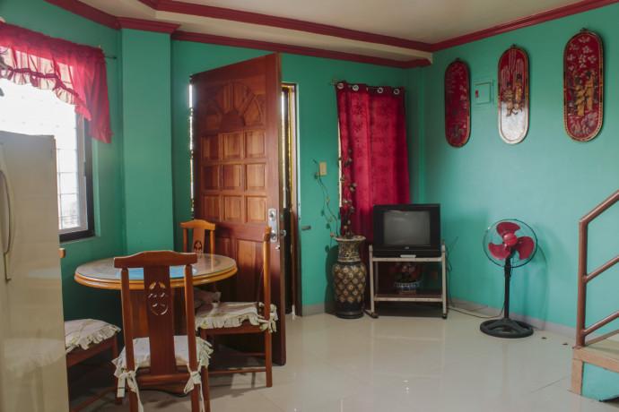 bare-unit-apartment-for-rent-big-2