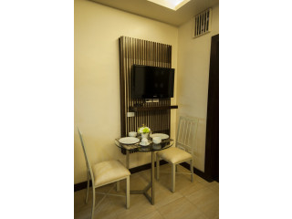 Fully Furnished 1 BR 36sq.m with Bathtub,Drying Area,balcony,housekeeping,Wifi,Parking