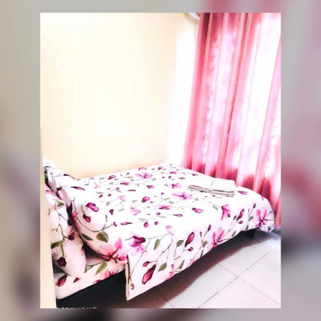 tagaytay-cool-suites-1-br-unit-for-sale-near-skyranch-big-4