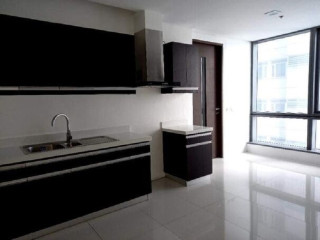 Ortigas Center 3 BR High end Condo for sale near Megamall