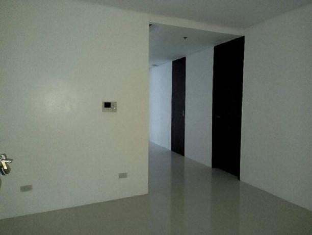 ortigas-center-3-br-high-end-condo-for-sale-near-megamall-big-7
