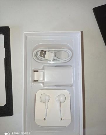 iphone-8-64gb-big-3