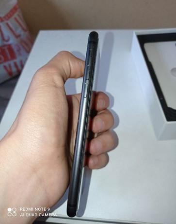 iphone-8-64gb-big-4