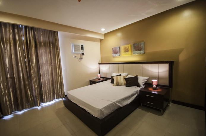 condo-for-rent-3-br-executive-with-free-parkingwifi-near-ayalasm-cebu-city-big-1