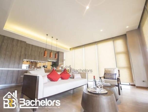 the-best-in-mactan-cebu-the-residences-at-sheraton-big-4