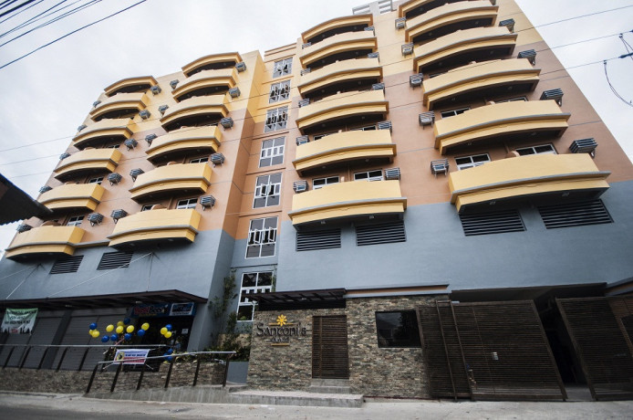 spacious-3-br-for-rent-with-balconiesdrying-area-with-fitness-gymparking-in-santonis-place-cebu-city-big-0