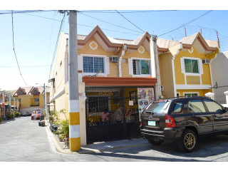 Vista Riva Townhouse in Zapote Las Pinas Commercial Area for Sale