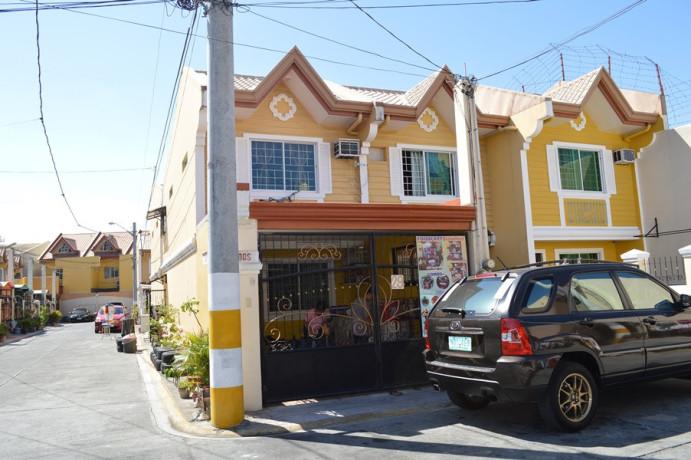 vista-riva-townhouse-in-zapote-las-pinas-commercial-area-for-sale-big-0