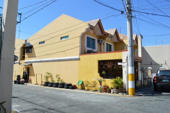 vista-riva-townhouse-in-zapote-las-pinas-commercial-area-for-sale-big-7