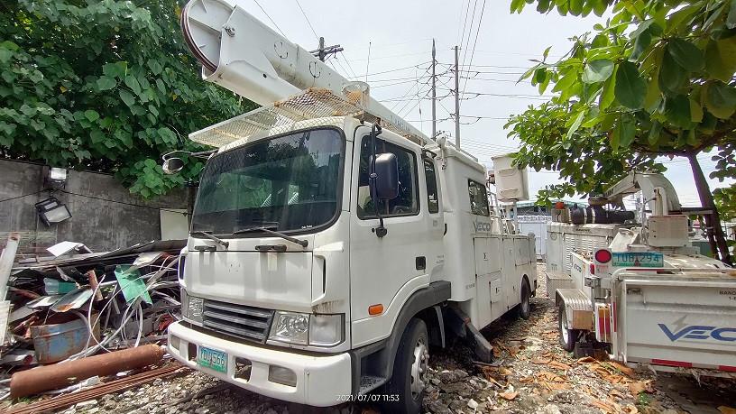hyundai-kanglim-bucket-manlift-diesel-big-1