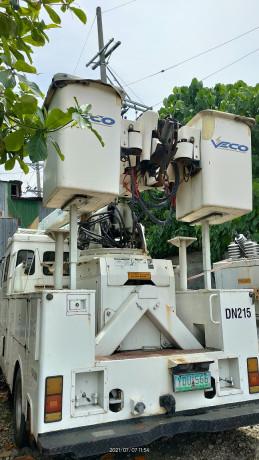 hyundai-kanglim-bucket-manlift-diesel-big-0