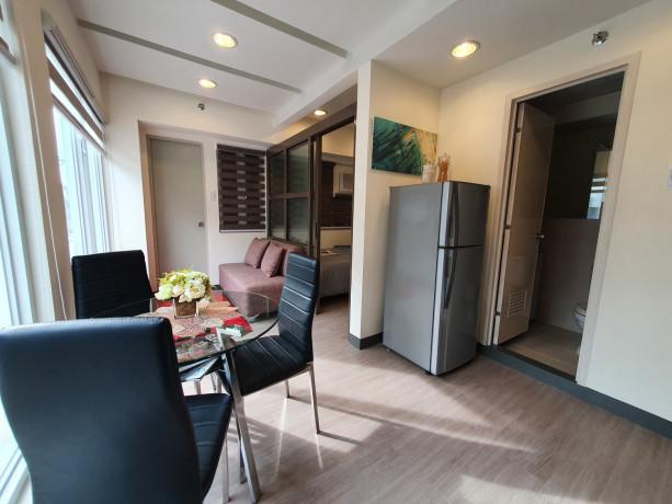 pre-selling-pioneer-heights-1-condominium-units-big-2