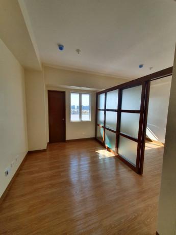 pre-selling-one-premier-condominium-unit-big-2