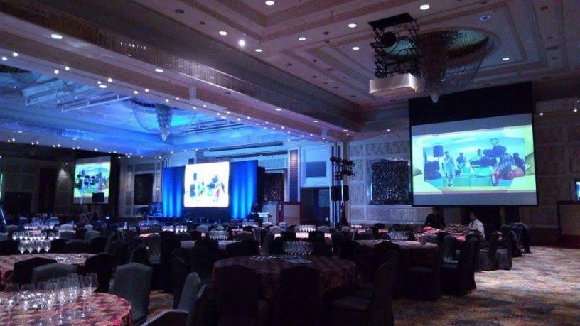 projector-rentals-for-events-big-2