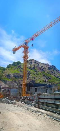 tower-crane-hammerhead-and-luffing-crane-big-1