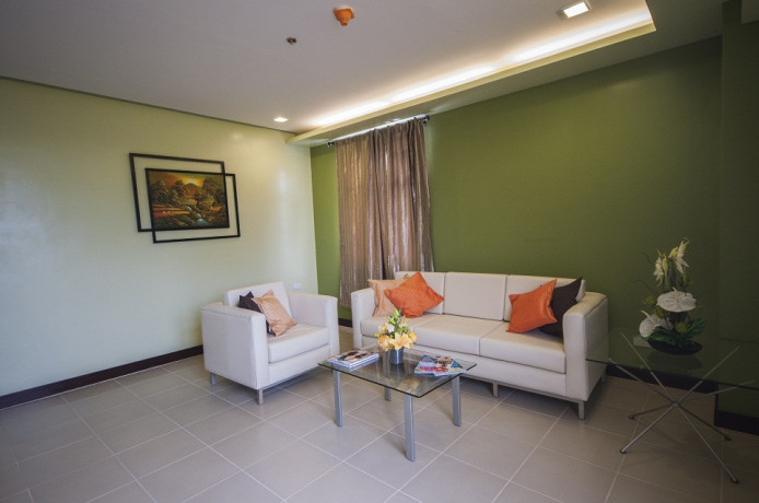 3-br-for-rent-110sqm-with-wificable1-parking-slot-in-santonis-place-mabolo-big-0