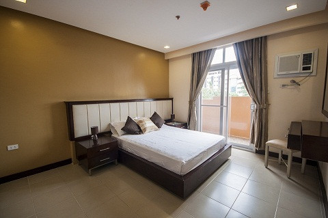 2-bdr-deluxe-suite-fully-furnished-with-free-skycablewifiparkingweekly-housekeeping-big-0
